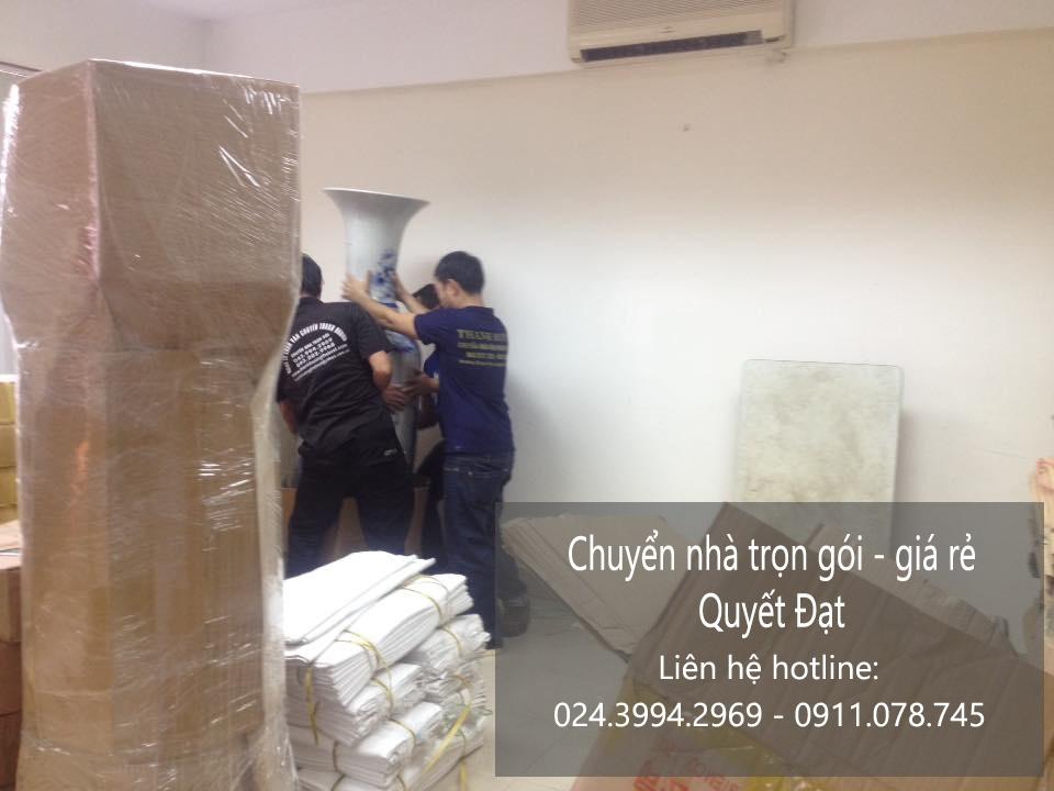 Dịch vụ chuyển nhà Quyết Đạt tại phố Ngọc Khánh