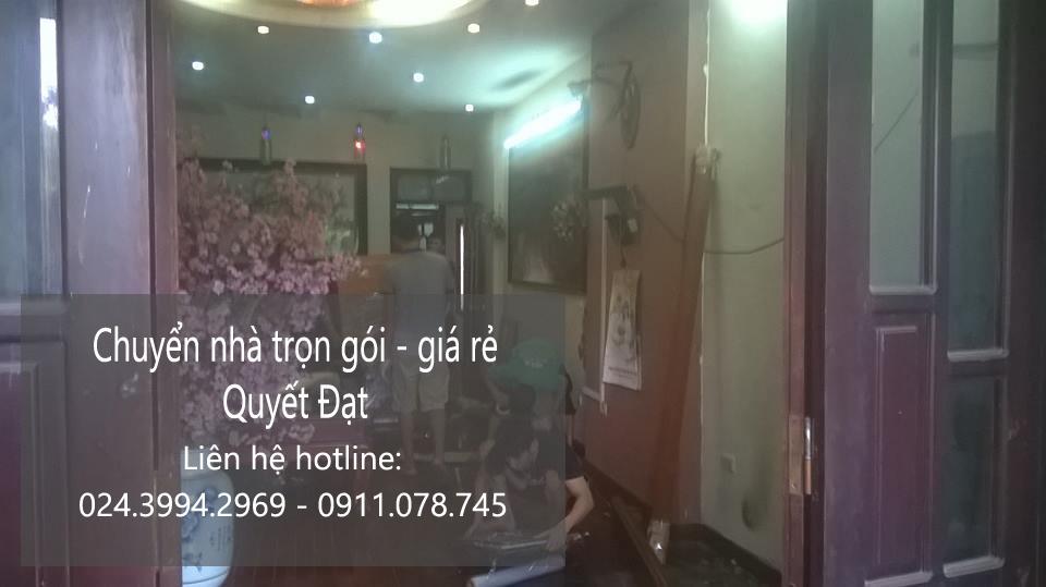 Dịch vụ chuyển nhà trọn gói Quyết Đạt tại phố Gia Thượng