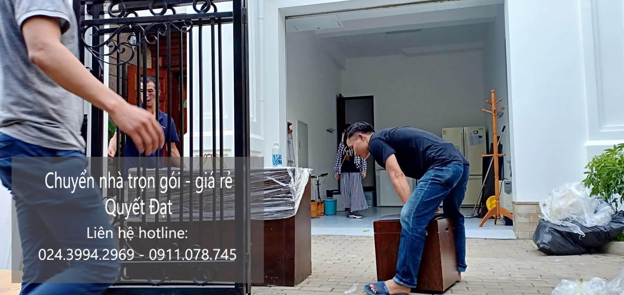 Dịch vụ chuyển nhà trọn gói Quyết Đạt tại phố Giải Phóng