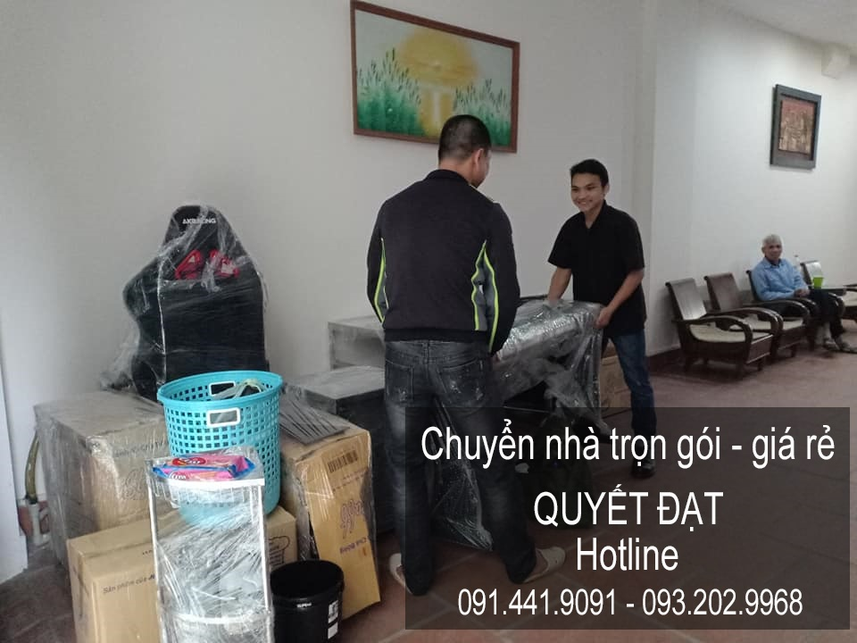 Dịch vụ chuyển nhà Quyết Đạt tại phố Lê Đức Thọ