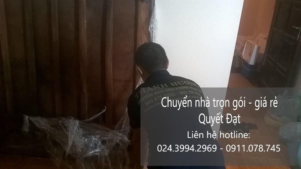 Chuyển nhà Quyết Đạt tại phố Nguyễn Văn Hưởng
