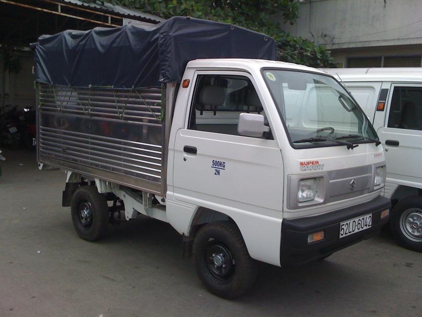 Taxi-tai-chuyen-nha-Quyet-Dat